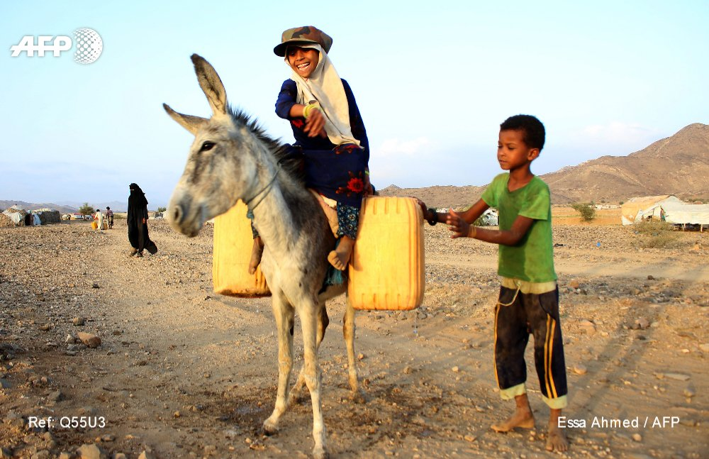 """""""Frequently washing hands is the most effective way to protect against the #coronavirus, but what will more than half the Yemeni people who don't have access to safe water do?"""" #Yemen"""