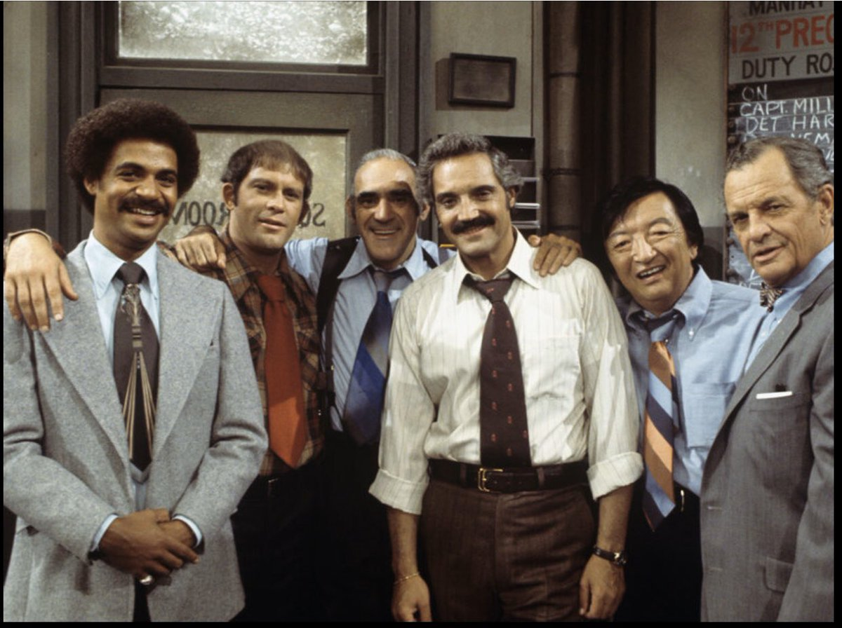 "Who Remembers ""Barney Miller?"" 1975-1982  Follow Me, I'm Everywhere! Website: http://www.80sThen80sNow.com  Facebook: https://www.facebook.com/80sthen80snow-1856582021320960/ … YouTube: https://www.youtube.com/channel/UCMav02VswfvfaS0320Zbd3g … Instagram: https://www.instagram.com/80sThen80sNow  TikTok: http://www.tiktok.com/@80sthen80snow  Patreon: http://www.Patreon.com/80sThen80sNow   #TV #80spic.twitter.com/r9J5J1l9hF"