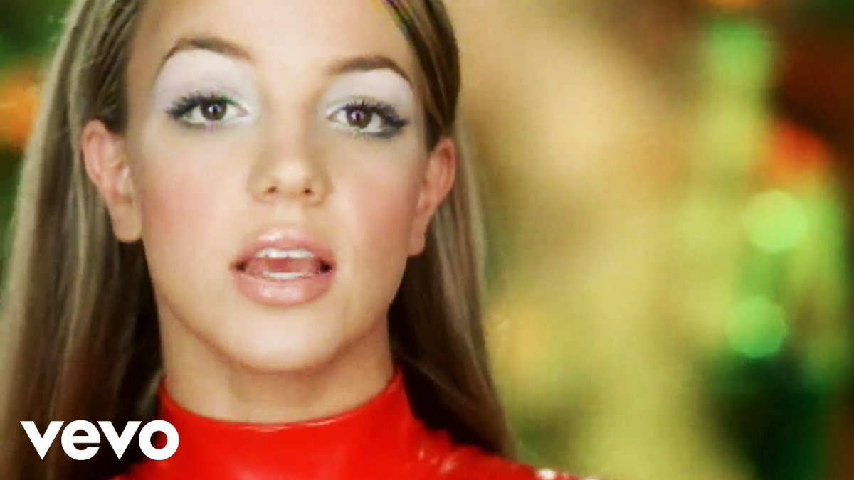 Itsbritneyspearsfacts On Twitter The 100 Greatest Song Of Year 2000 Alone According To Billboard 31 Lucky By Britney Spears 3 Oops I Did It Again By Britney Spears Https T Co F7xy11adt8