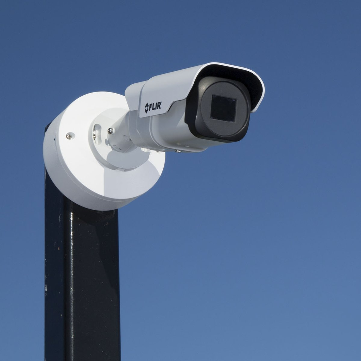 With on-board analytics that classify human or vehicular intrusions, FLIR Elara™ FB-Series ID is an ideal solution for perimeter intrusion detection. Learn more: https://bit.ly/3b1vSxg