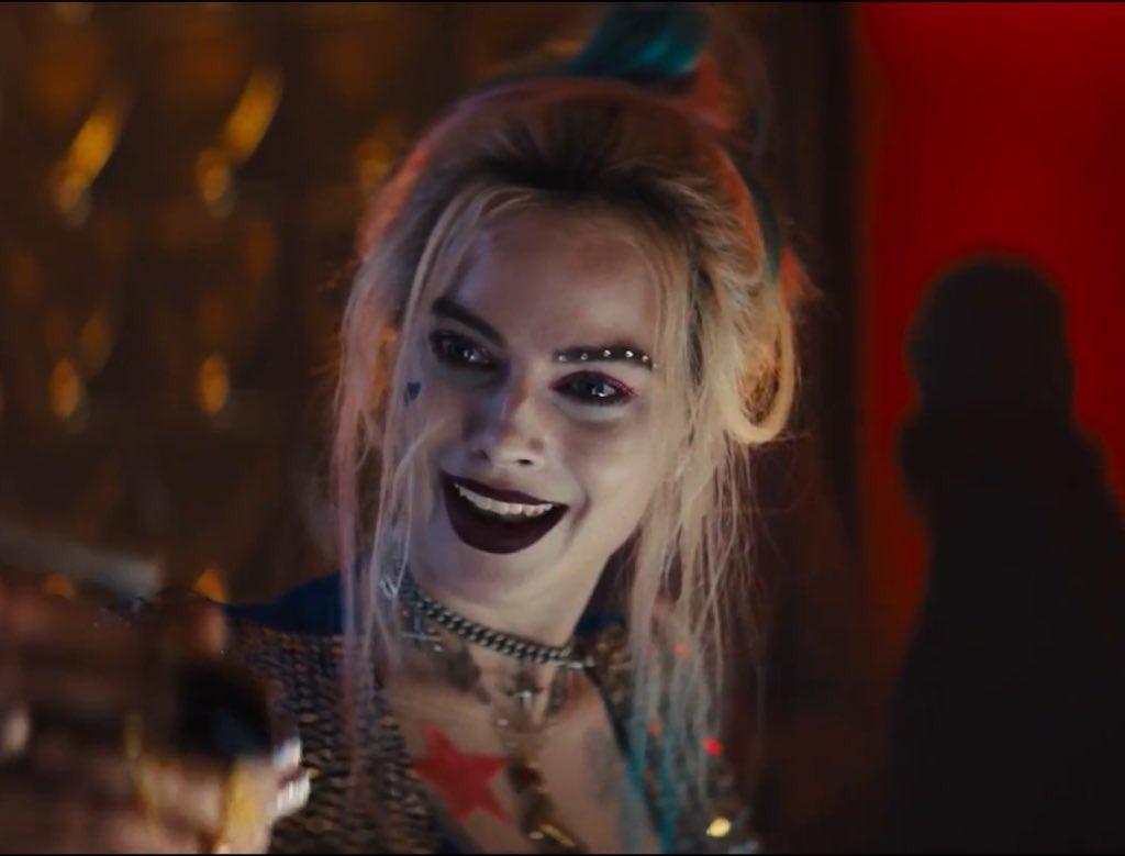 Top 10 DC Castings Ever (thread):  1. Margot Robbie/Harley Quinn   #dceu #BirdsOfPrey #HarleyQuinn pic.twitter.com/EmmK79Psq8