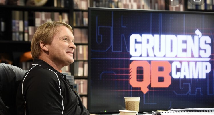 UTEP QB's Weekend Extra-Credit Assignment. Pick a QB from @GrudenQBCamp & Write a report on your selection. Leave nothing out, every detail matters. #QBsWork @JonGruden #WhoseYourChoicepic.twitter.com/rusewmbUsU