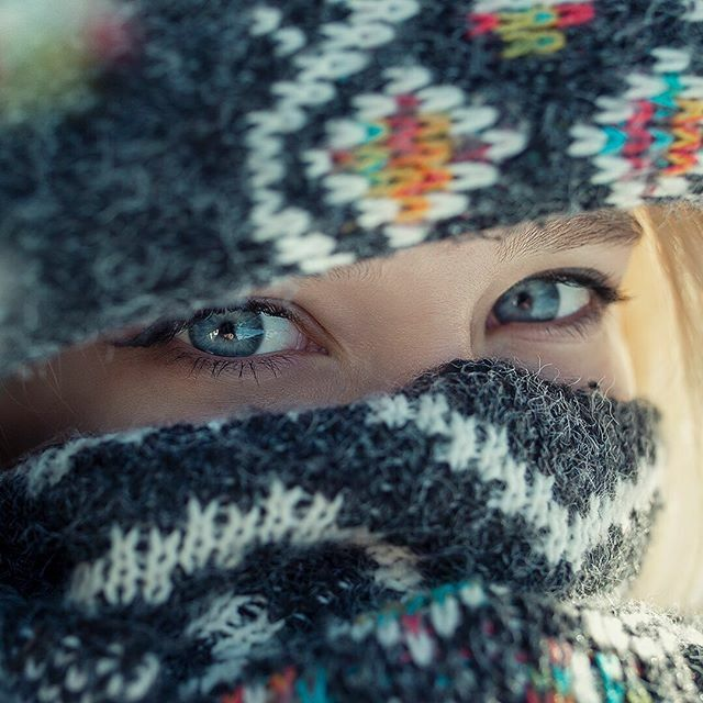 Blue eyed girl  With @sadurska ⠀⠀⠀⠀⠀⠀⠀⠀⠀ #portrait #wintervibes #portraitphotography #xelfies #winterportrait #blueeyes #detail #portraitpage #portrett #artofbokeh #eirikochdamerne #trøndelag #fotografi #lightshapers #canonnordic #canon https://ift.tt/3ahjyc0pic.twitter.com/pSbmD7aEVt
