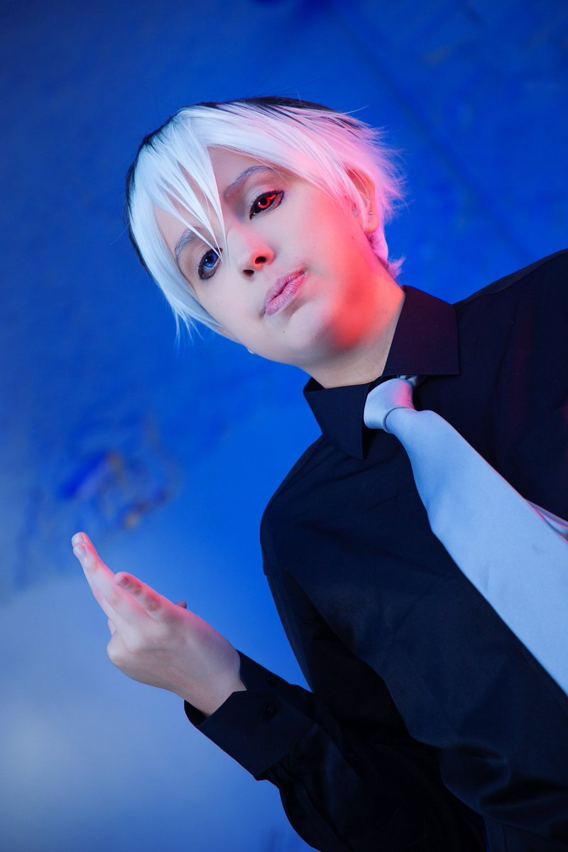 Sasaki Haise/Kaneki Ken from Tokyo Ghoul Pics by @santosfotocos  Please, consider giving this tweet a RT and help me share my content.  #cosplay #TokyoGhoul #KanekiKen pic.twitter.com/cvZInc5tvp
