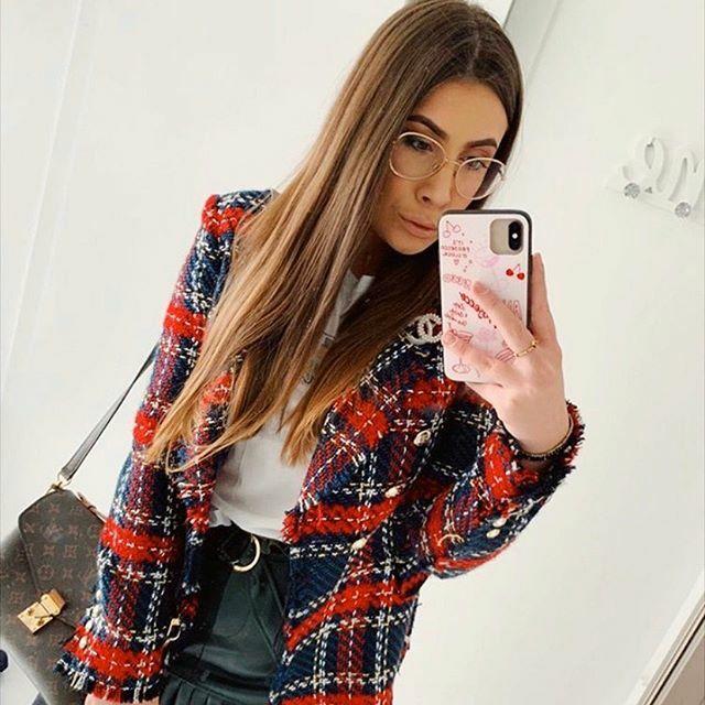 Hello @melsfox  You look awesome today  #yeahbunny #yeahbunnygirl #ybgirl #yeahbunnycase #mirrorselfie #selfie #ootd #outfitoftheday #girl #beautifulgirl #iggirl #fashion https://ift.tt/399Rh65pic.twitter.com/Eii9Axv13Q