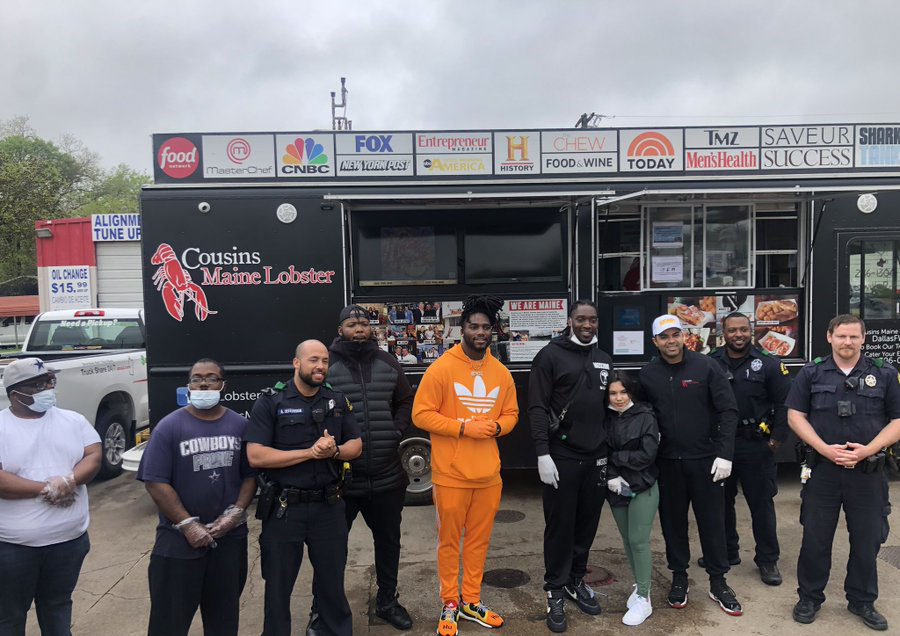 .@TankLawrence @thejaylonsmith and @HotBoyzTM hosted a drive-thru food giveaway for law enforcement, medical workers and others who are the real heroes in serving others during this pandemic. https://t.co/TgLviGJMq1