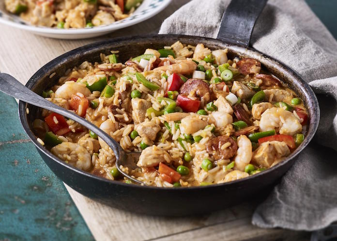 #Recipe - 🥘😋 A Thursday night, quick & easy dinner of succulent chicken & spicy chorizo Jambalaya - a dash of fresh parsley or coriander on top and voila! @NewmansOwnUK   💚 https://t.co/rEhh1JAJla #familycooking #food https://t.co/eiYisUCZB8