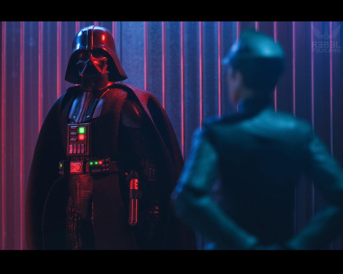 """Uh... my Lord, we had a... security breach in garrison 94"" (see previous shots) #StarWars #StarWarsfan #DarthVader #toyphotography #photography #fotografia #Chile @SW_ArtGallery @sw_holocron @StarWarsAmigos @TheSWU @Hasbro @Lucasfilm_Ltd @starwarstuff @StarWarsLATAMpic.twitter.com/Dr76vEPJfg"