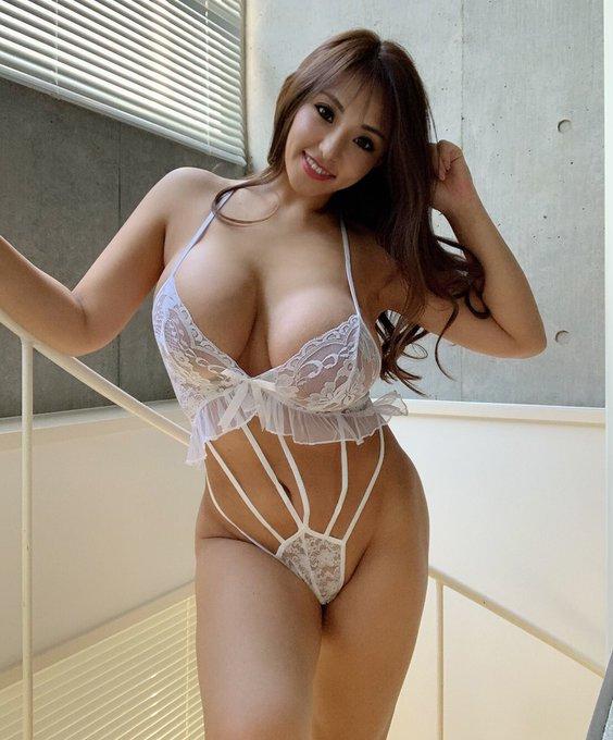 AV女優さくら悠のTwitter自撮りエロ画像51
