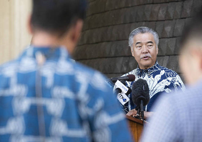 WATCH LIVE: Gov. David Ige announces statewide stay at home order effective Wednesday at 12:01 a.m. https://t.co/WebcZb8SXF https://t.co/XNfbmzFq5T