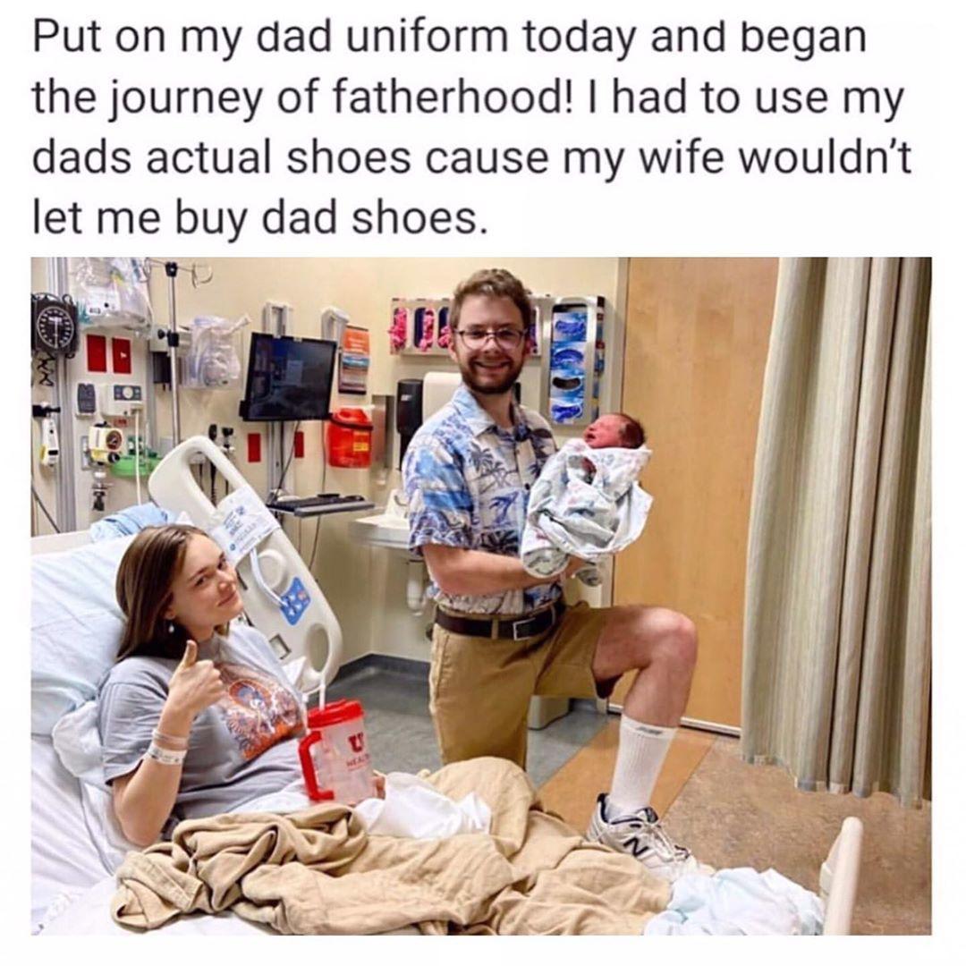 Still in the hospital and already bringing this kind of dad game!   From @HowToBeADad: https://buff.ly/2Vc3KTv  #dadjokes #dadhumor #newborn #dadstyle #newdad #childbirth #fourthtrimester #Daddyduties #Prouddad #Dadlife #DadGoals #Dopedad #dadgamestrong #fatherhood #birthofadadpic.twitter.com/sXQOG3Ewmq