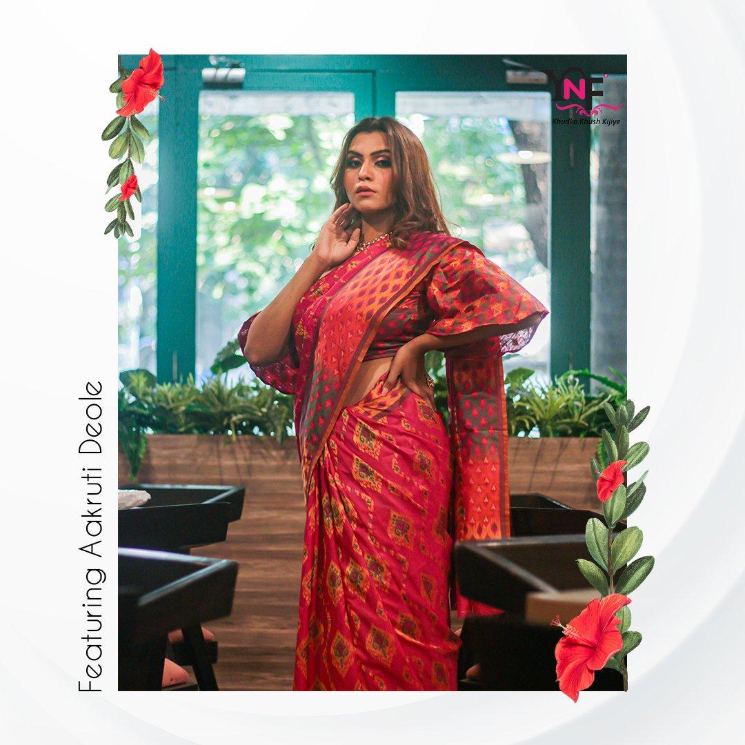 Take off that shyness and wear some red. #indiansareesonline #sareeaddict #sixyardsofelegance  #onlinesareeshopping #indianbride #traditionalwear #fashionblogger  #ethnic #handloomsaree #instafashion #banarasi #ynf #yadunandanfashionsaree #silksaree #manufacturer #banarsiSareepic.twitter.com/La1AnQ7kH5