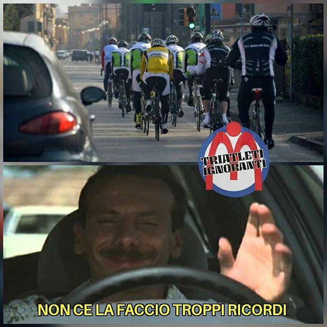 Tornerete a suonarci il clacson... e torneremo a mandarvici... . . . #triatletiignoranti #scannellare #siamotuttitriatletiignoranti #ironman #triathlon #triathlete #triathlonmotivation #triathlonlife #cycling #cyclinglife #ciclismo #swimbikerun #maratona… https://ift.tt/3ae0co9pic.twitter.com/YcFikqZyXE