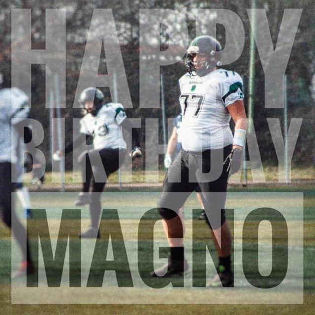 Happy Birthday Magno!  ogni momento è il momento giusto per iniziare a giocare a football americano! (recruiting aperto tutto l'anno)  #strikinghammers #gameday #seconddivision #match #training #coach #team #fidaf #iflmagphoto #footballamericano #a… https://ift.tt/2QHjeeTpic.twitter.com/ZEOCWqFiXG