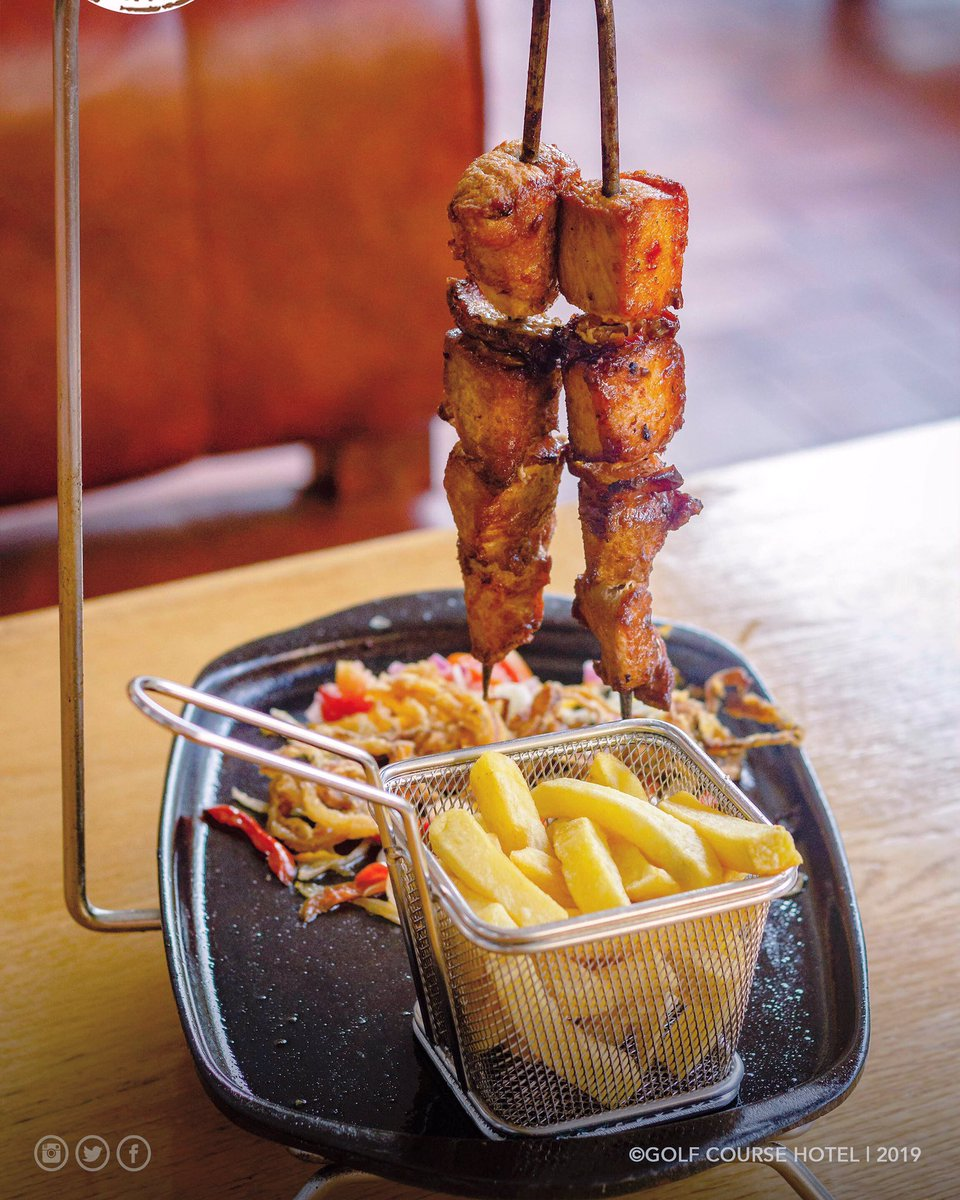 You'll love skewers even more when you dine at the Silver City Grill.   ☎️: +256-414-563 500 / +256-312-302 280 #porkskewers #lunchtime #golfcoursehotel https://t.co/VFQBZdEIm4