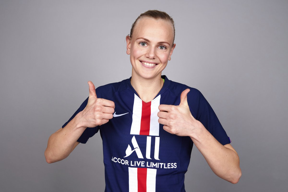 Happy birthday to @PSG_Feminines midfielder Karina Sævik🇳🇴🎁👍