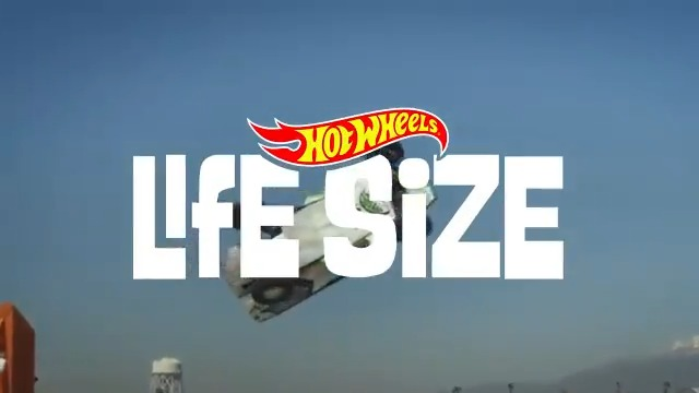 Boundless possibilities of toy design meets the real world. Have you streamed the Season Premiere of Life Size yet? Stream NOW on the MotorTrend App! 👉 motortrend.app.link/sedGczCP54 #MotorTrend #HotWheels #LifeSize @Hot_Wheels