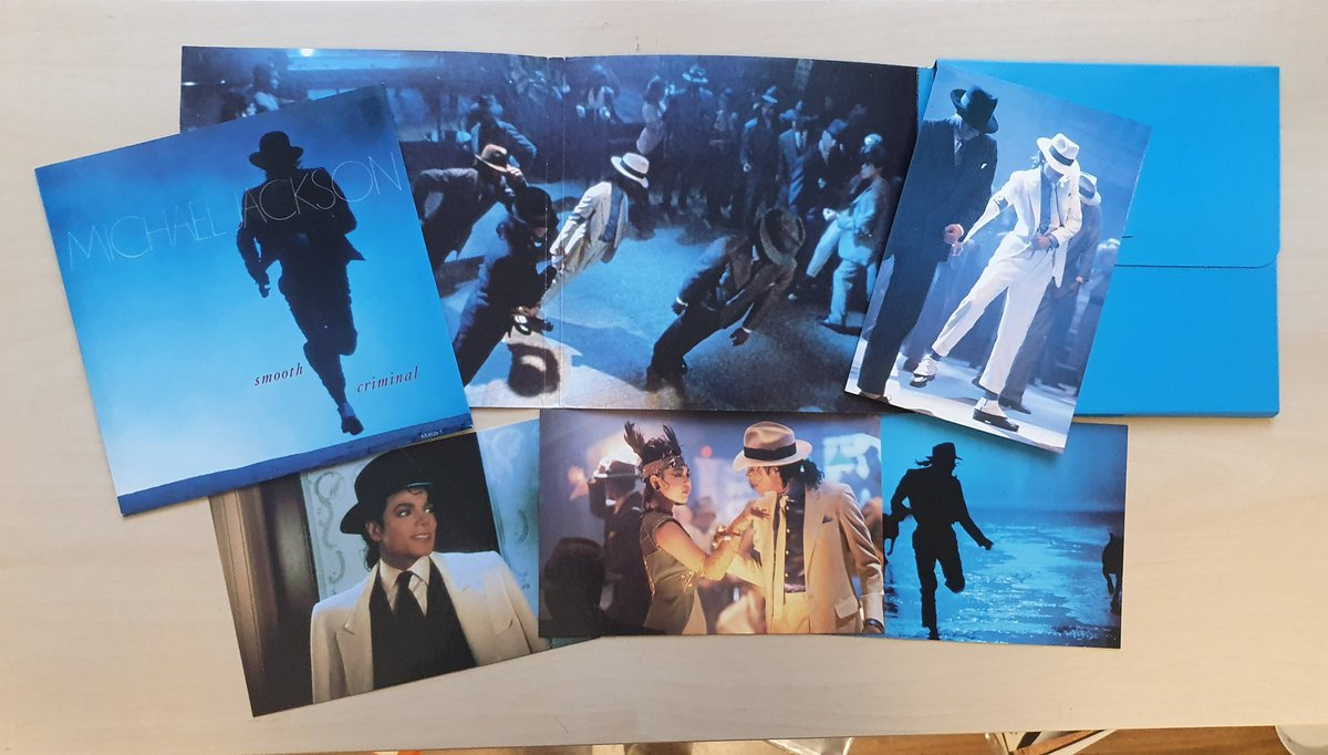 test ツイッターメディア - This Smooth Criminal pack was a collector's dream! I love the inside of them all leaning https://t.co/7EhLetLG0T