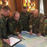 Image for the Tweet beginning: Militari Russi pianificano assieme ai