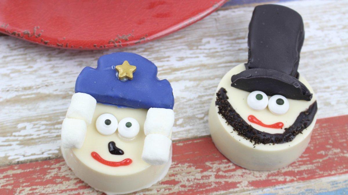 President's Day Cookies for Kids - George Washington & Abraham Lincoln #recipe #history #presidentsday https://www.survivingateacherssalary.com/presidents-day-cookies-for-kids-washington-lincoln-oreos/…pic.twitter.com/kZ6iTMaXdC