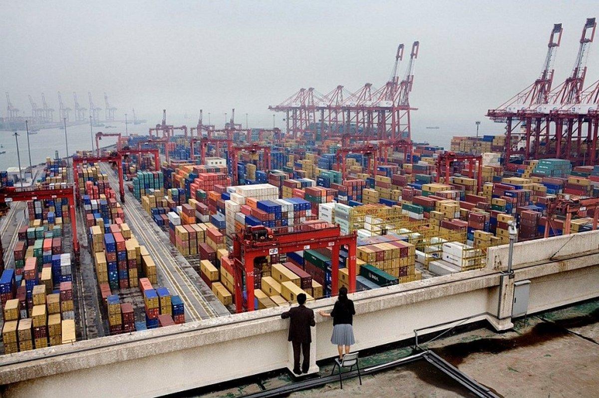 китай занимает 1 место по производству