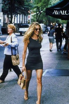 Happy birthday to our ALL TIME favourite FASHION ICON Sarah Jessica Parker