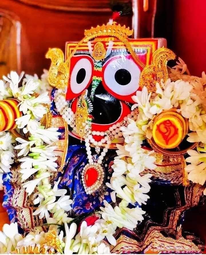 Jagannath swamiji or mata santani laxmi mereko or mere paribar ko, Bharat basi o ko, biswa basi o ko, bramhand ke sab caracar praniyo ko , dharti par rahene wale sabhi o ko is dukhad paristiti se bacane ka krupa kare ye hi prathana karte he (koi v dukha darda se) DHNYAWAD https://t.co/l1scRrcGfC