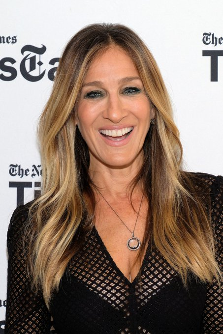 Happy birthday to controversial milf Sarah Jessica Parker!
