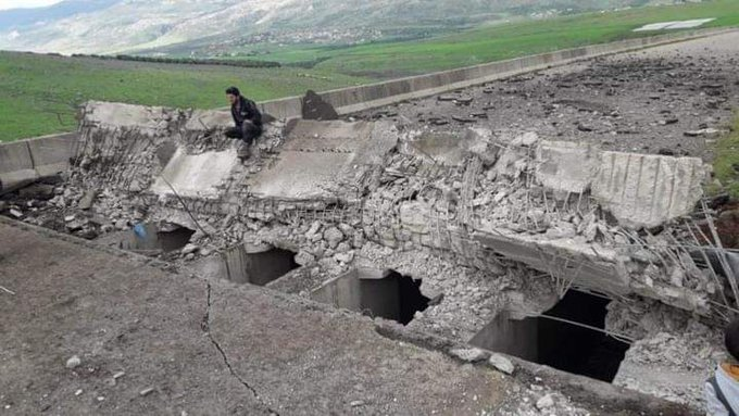 Syrian War: News #22 - Page 4 ET97uRRWoAAP3Fp?format=jpg&name=small