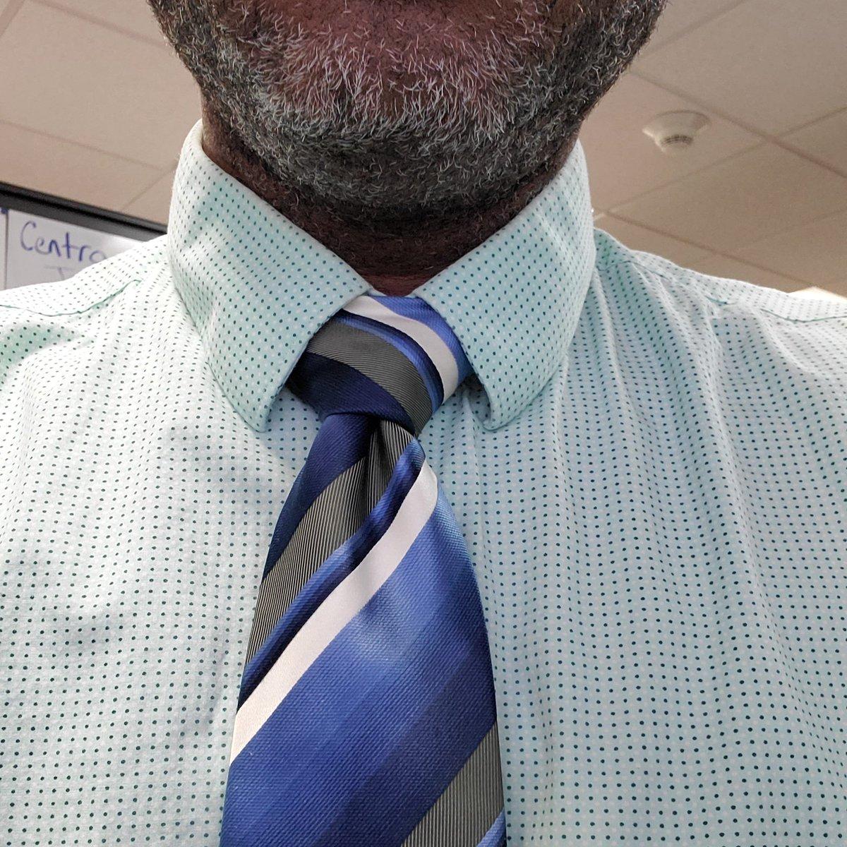 #TieWednesday #KnotGameSkrong #FullWindsor #SaltNPeppa #PushItRealGoodpic.twitter.com/AposqUYLX7