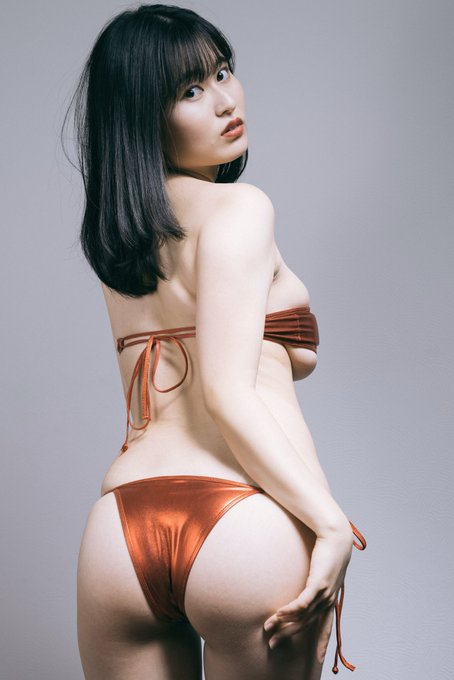 グラビアアイドル未梨一花のTwitter自撮りエロ画像2