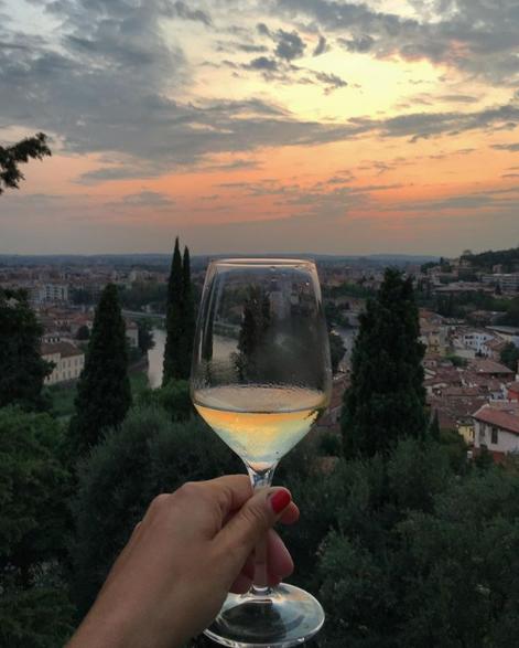 Take a deep breath, and just love your life.   : @travel_tanya    #lovestorywines #wine #lovestorywines #tellmealovestory #winetime #italianwine #cheerspic.twitter.com/WyUvopihxA