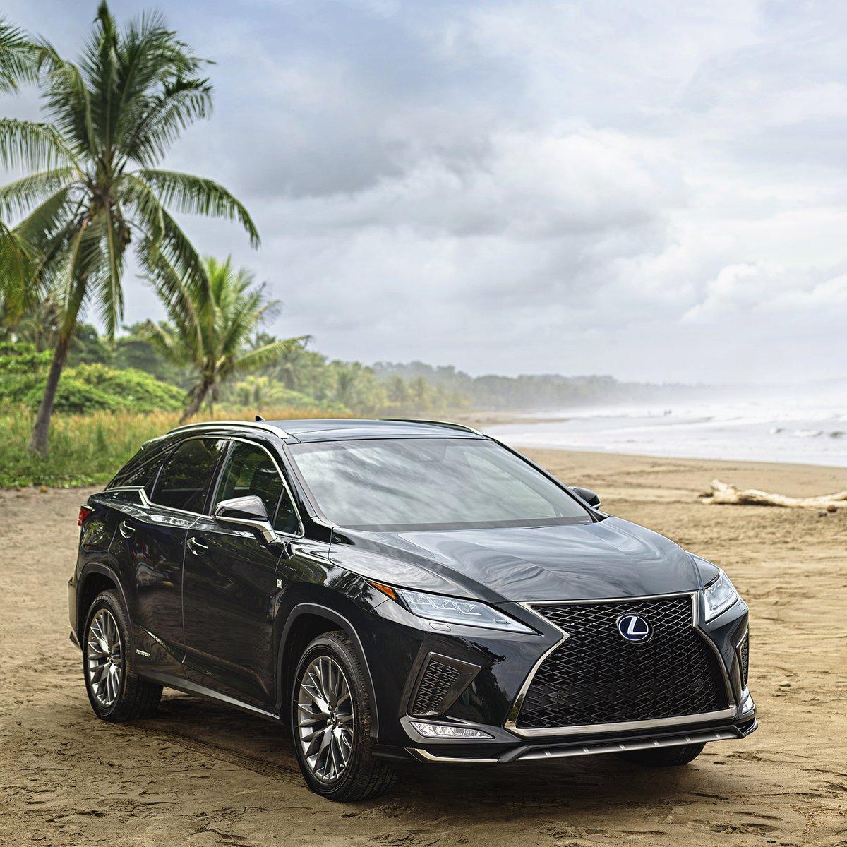 El verano encierra nuevas aventuras y para vivirlas necesitas un excelente vehículo. El estilo, la elegancia y el dinamismo de la #LexusRX son el complemento perfecto. #ExperienceAmazing #LexusDriver #Summer2020 #Verano2020 https://t.co/2u0iMZvruR
