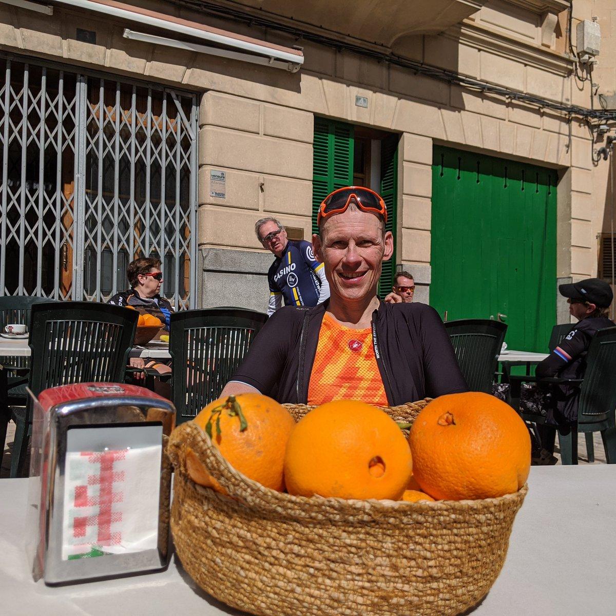 A bit of vitamin C and a bit of vitamin D #cycling #mallorca #mallorcacycling #stuarthallcyclingholidays #cyclingholidayspic.twitter.com/fGF4FyIuBb