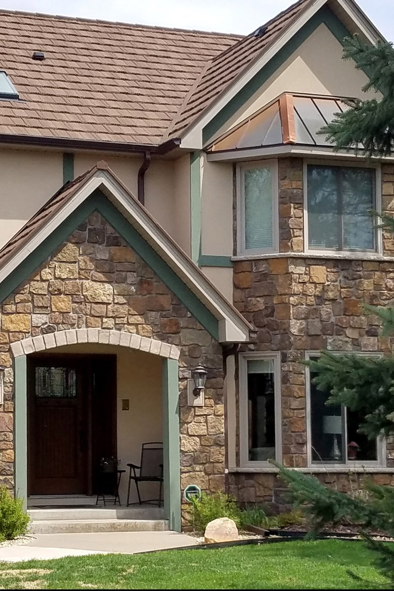 RT @buechelstone: Antique Copper Country Castle Rock paired with stucco brings this home to life. -  #HomeDecor #HomeIdeas #StoneExterior #ExteriorDesign #PatioDesign #DesignInspopic.twitter.com/SwTC1zwUWv