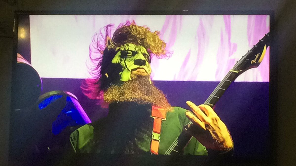 #NowWatching #SlipknotUnmasked #AllOutLife @slipknot live at #MaidaVale for @BBCR1pic.twitter.com/fheF6CkRRz