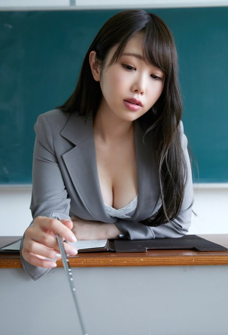 グラビアアイドル麻倉ひな子のTwitter自撮りエロ画像16