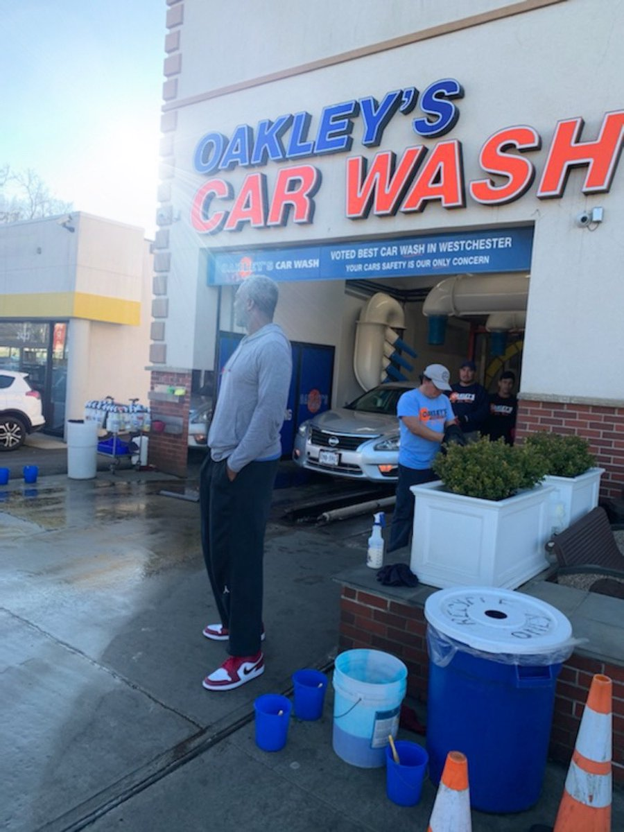 Friday chilling at my favorite spot — reminding y'all to wash it up! #washyourhands #washyourcar #oakleyscarwash 🧼#charlesoakley