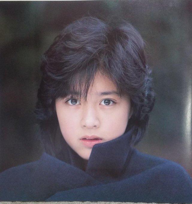 頃 菊池 桃子 若い