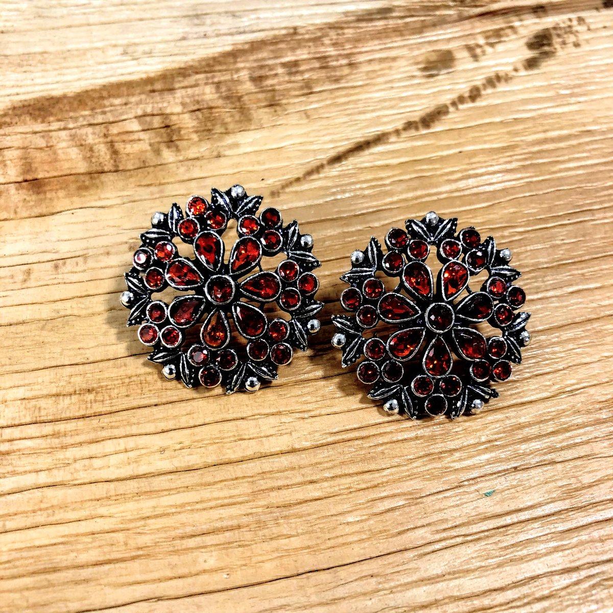Traditional Oxidised Stone Stud Earrings  #fashion #accessories #jewellery #jewelry #oxidised #oxidisedjewellery #oxidisedearrings #stone #earrings #studs #studearrings #indianwear #ladieswear #womenswear #fashionjewelry #womensfashion #womensaccessories #womensjewellerypic.twitter.com/AidVEgVVFE