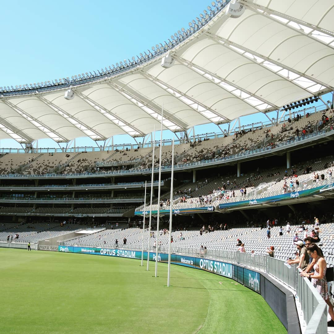 🏟 Optus Stadium 🇦🇺 Perth, Australia 👥 60,000 ********** #perthscorchers #westcoasteagles #fremantlefootballclub #cricketaustralia #australiacricket #optusstadium #perthwesternaustralia #perthstadium #stadium #stadion #cricket🏏 #cricket https://t.co/anlFQ9VqJP