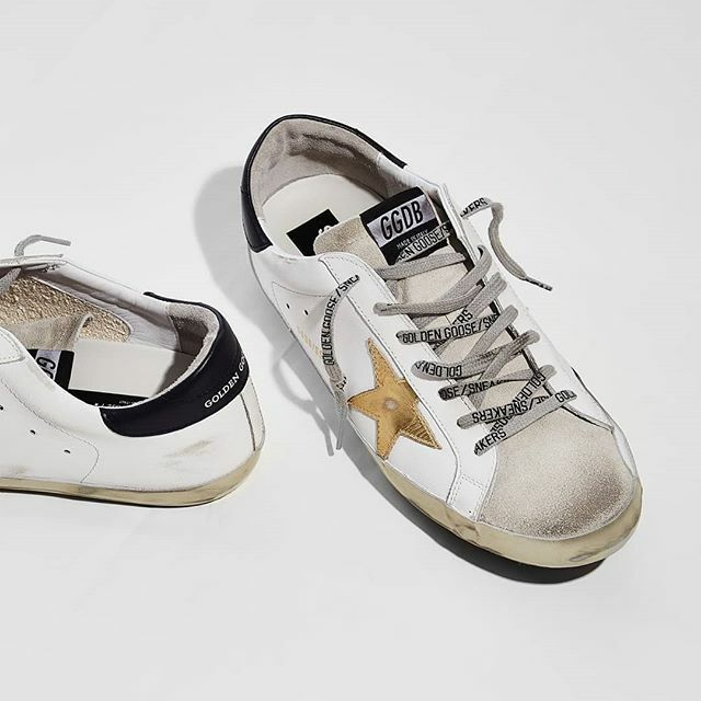 You only like your shoes when they look a little worn? With these shoes from @goldengoose in a cool destroyed look, you don't have to wait long for that.  #goldengoose #maximilian #ss20 #mensfashion #menshoes #goldengoosedeluxebrand https://ift.tt/39NWEJipic.twitter.com/K7LmICu2ak