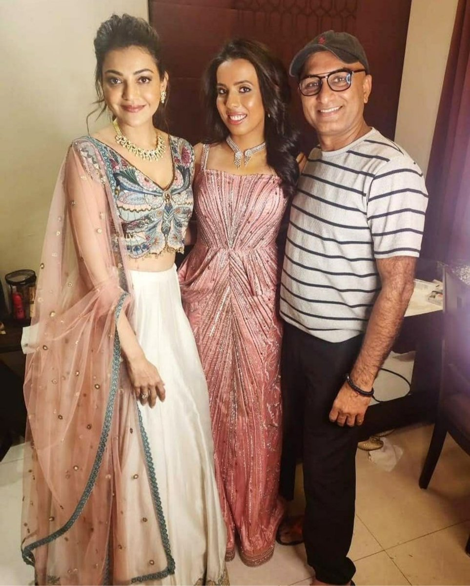 . @MsKajalAggarwal with Ace Make-up Artist #VipulBhagat pic.twitter.com/HfIRoJnSc7