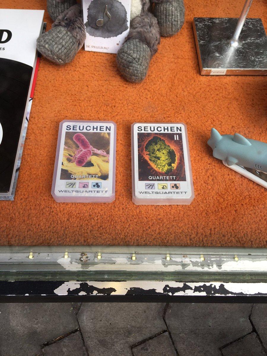 Spieletipp für die Quarantäne... #COVID19deutschland #coronapocalypse #coronaviruspic.twitter.com/N6cH5sUHdI