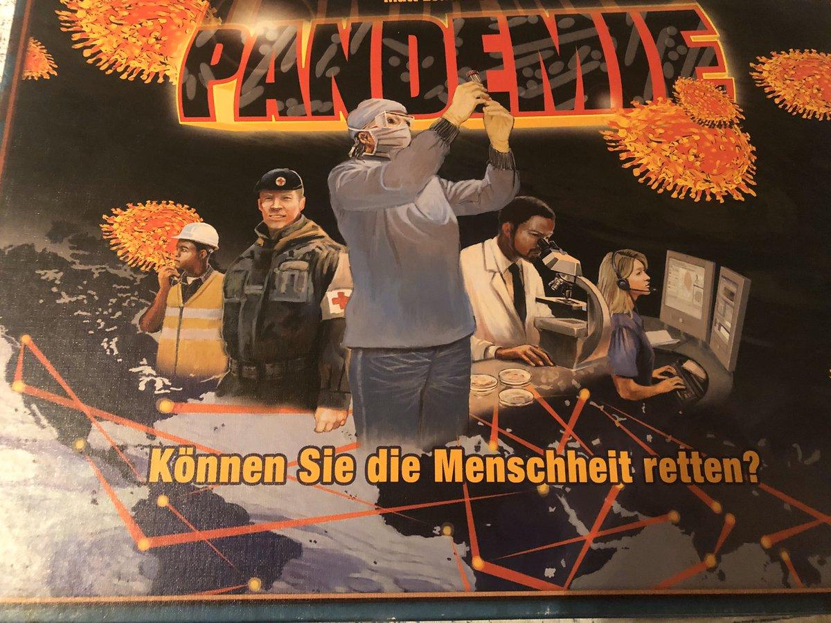 """In Zeiten wie diesen zur Vermeidung eines Hüttenkollers heute ein Spieletipp für Euch: """"Pandemie"""" und natürlich """"Pandemie - Die Heilung"""". 2 kooperative Spiele. Von den führenden Spiele-Experten der Familie empfohlen pic.twitter.com/PFX24UUY8o"""