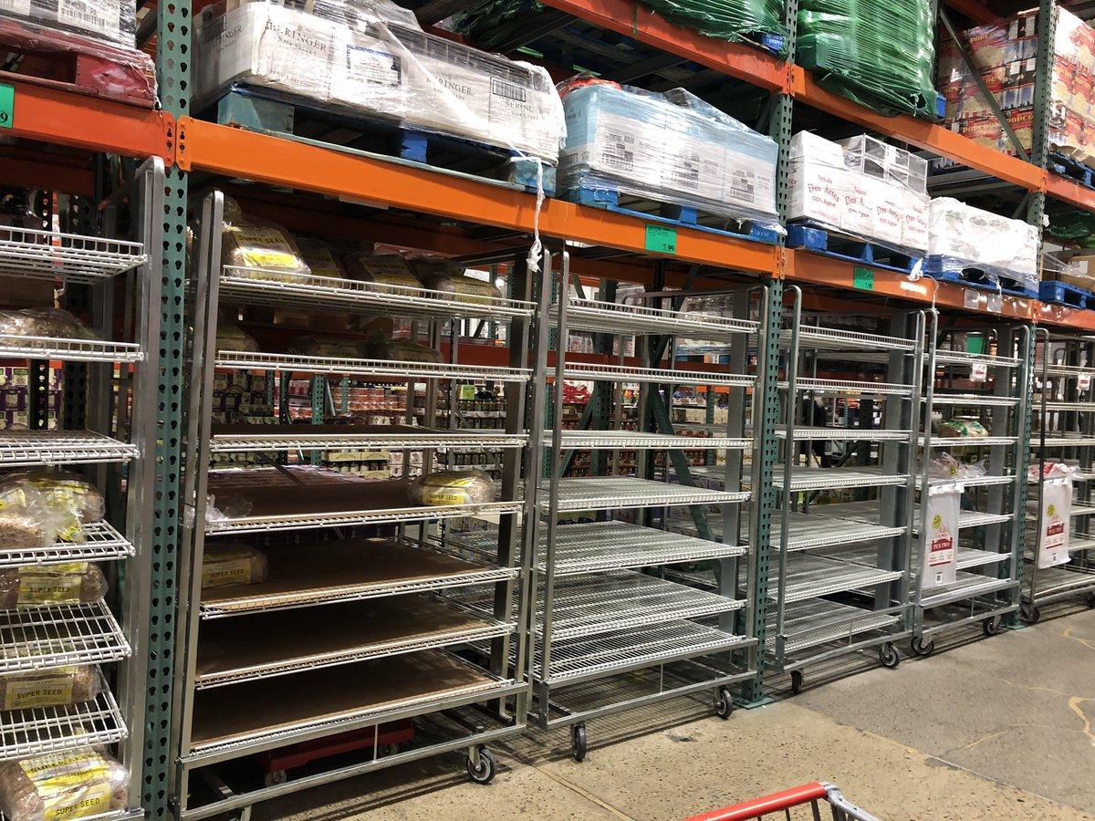 Bread aisle at Costco. #costco #bread #savesomeforme https://t.co/M3CJOwHXPG