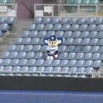 ナゴヤドームが無観客試合になった結果?一人だけお客さんいた!