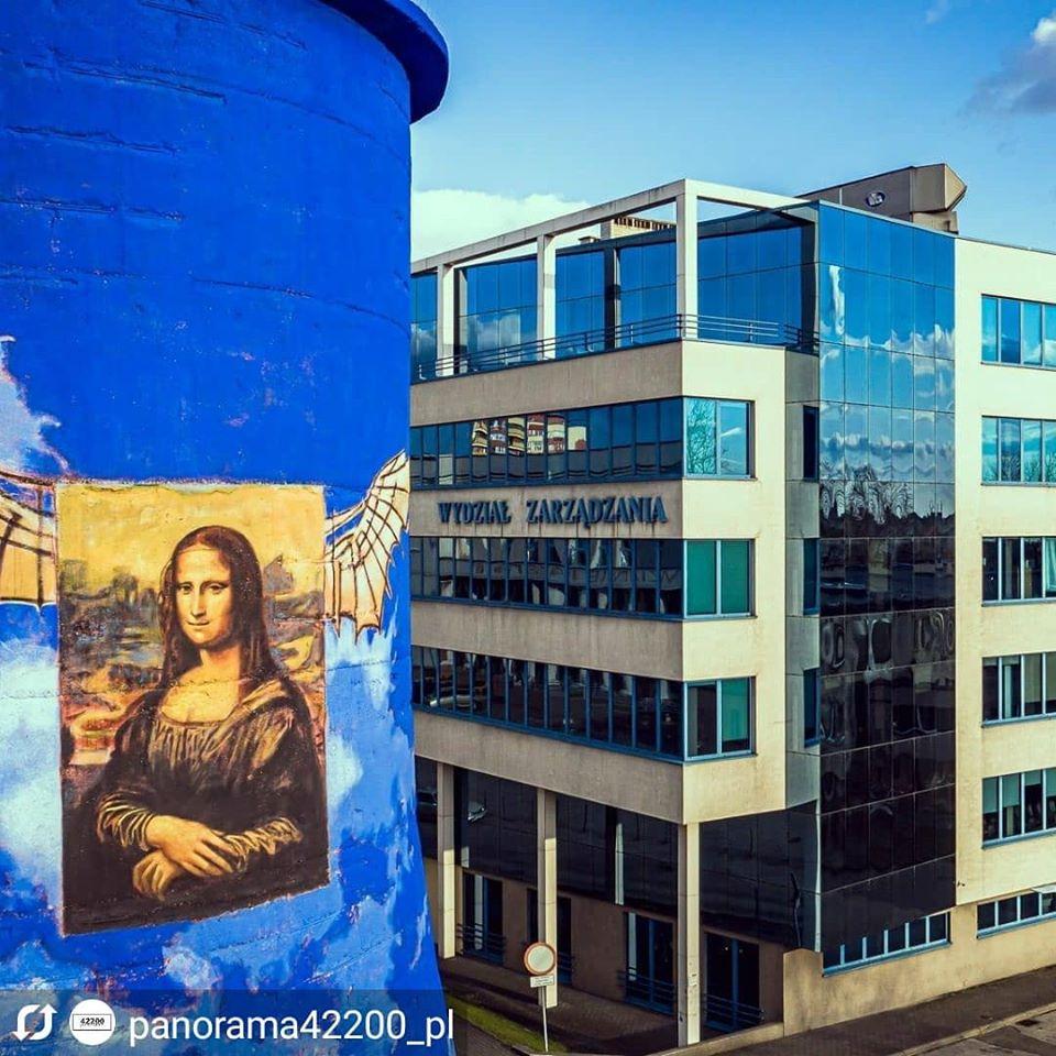 Śmiech to zdrowie! Zatem spójrzcie na #Częstochowę troszkę inaczej #Czestochowa #42200czestochowa #miastoczestochowa #visitczestochowa @panorama42200_plpic.twitter.com/GkyfnHz7pg