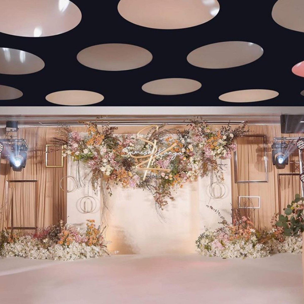 🤵👰🏻Don't miss out our exclusive #wedding offer! Visit us at booth no. 65 at the #SabuyWedding on 14-15 March 2020 https://t.co/KiAwYzRcxX https://t.co/dQw69cbPoW