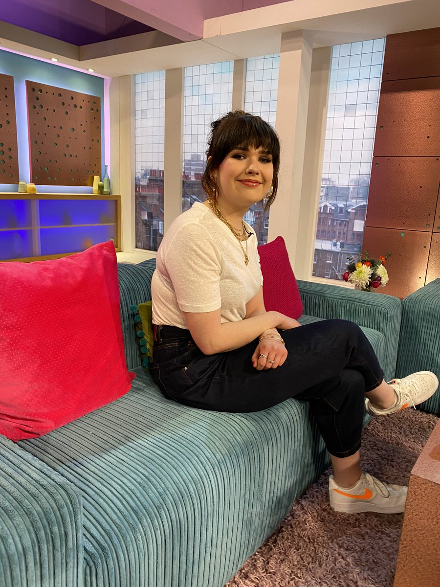 . @LilyMooreMusic is here! Catch her performing at the end of today's show 🥳🎶 #SundayBrunch